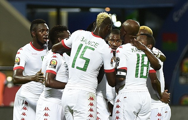 CAN: Own goal sets Burkina on the way to quarter-final place