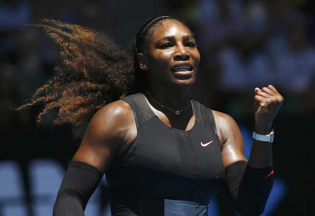Australian Open: Serena Williams into quarterfinals