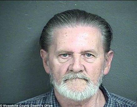 Man admits robbing Kansas bank to escape wife