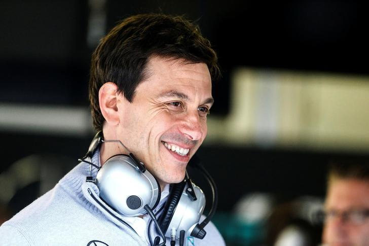 Wolff: F1 teams should not dismiss Liberty's stake offer