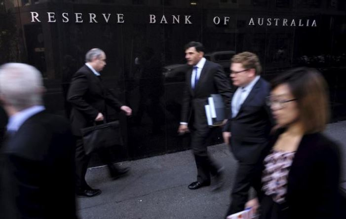 Australia central bank holds rates, takes upbeat tone on growth