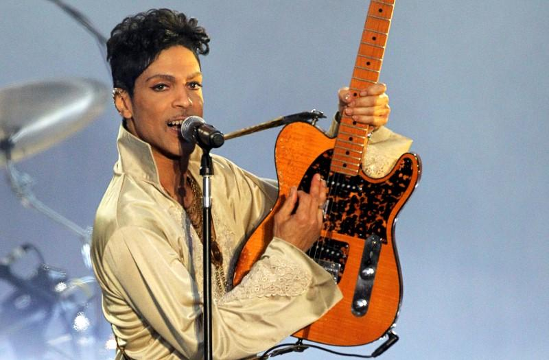 Music giant Universal signs deal for Prince vault