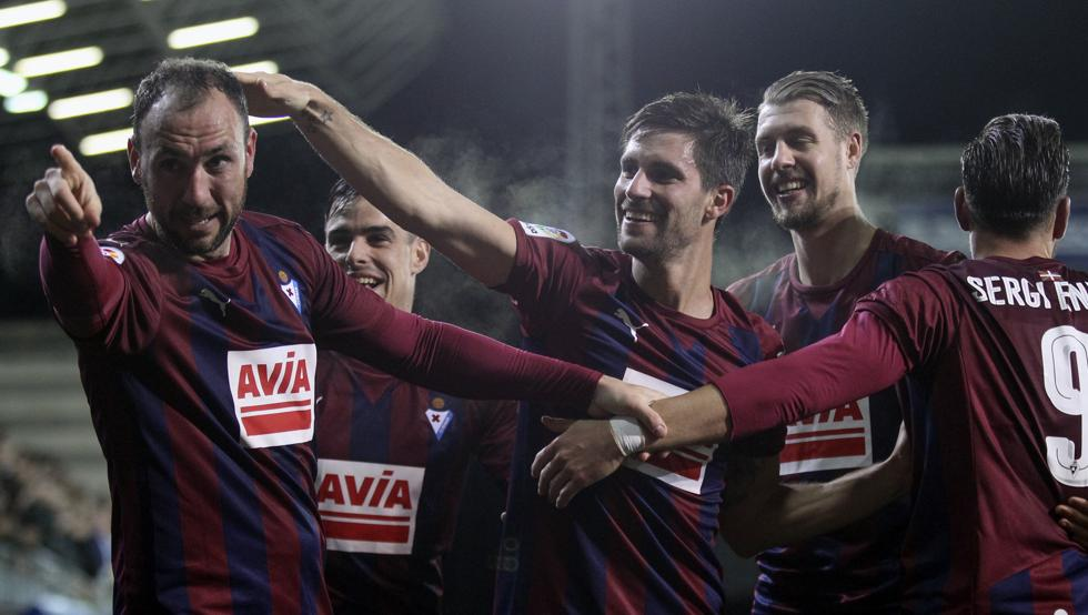 La Liga: Eibar routs Granada 4-0 for its third straight win