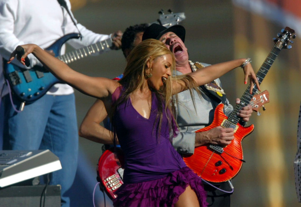 Carlos Santana praises Beyonce after critique