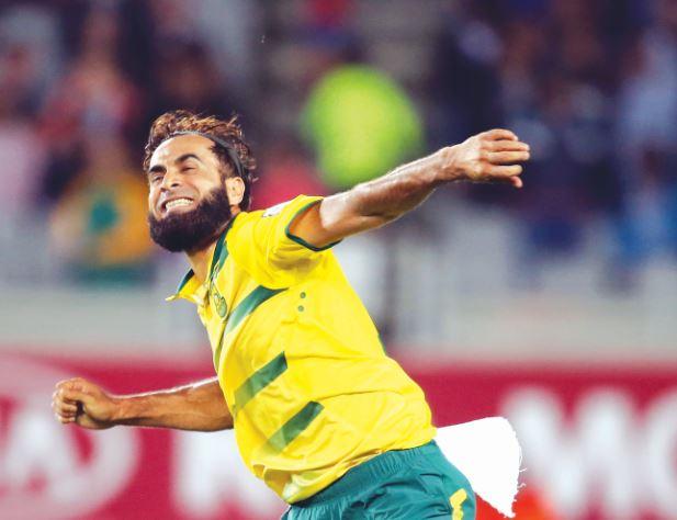 Tahir stars as South Africa crush Kiwis