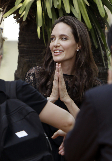Angelina Jolie to unveil Khmer Rouge film in 'second home' Cambodia