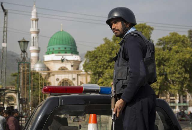 Pakistani police kill five militants in counter-terrorism raid