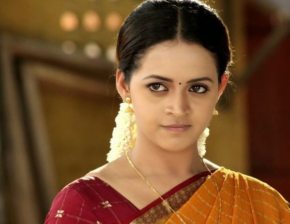 Ex-driver and team held for 'kidnapping and molesting' South Indian actress Bhavana