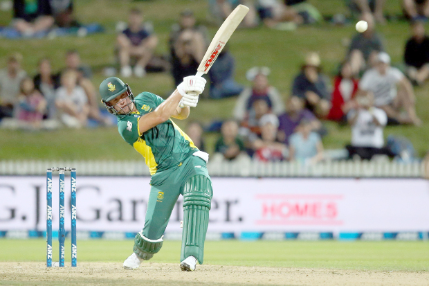 South Africa pull off tense win