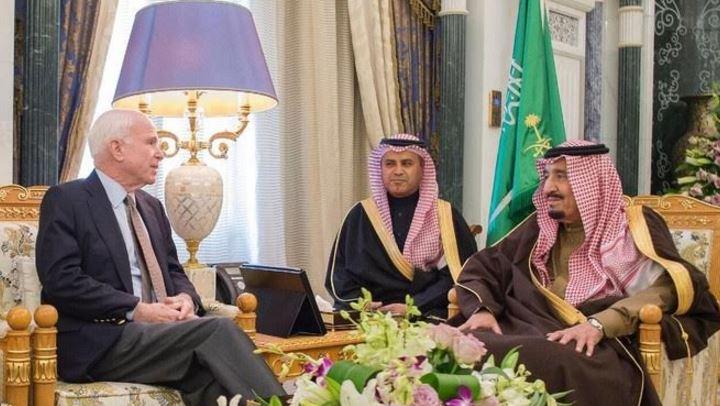 Saudi King meets US senator John McCain