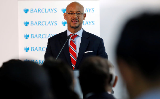 Barclays bank swings back into profit in 2016