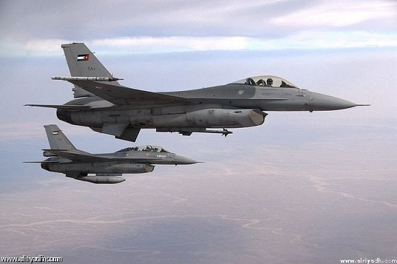 Jordanian pilot survives F-16 plane crash in Saudi