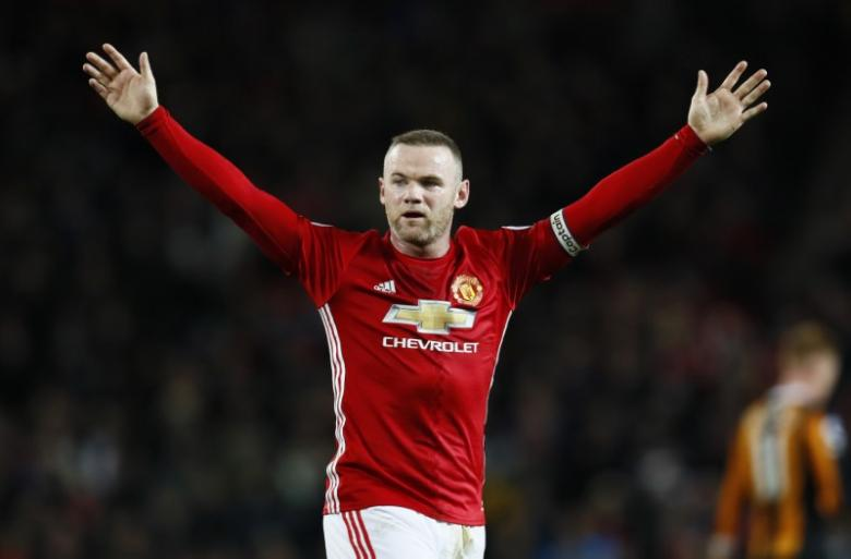 Rooney to play for United in League Cup final