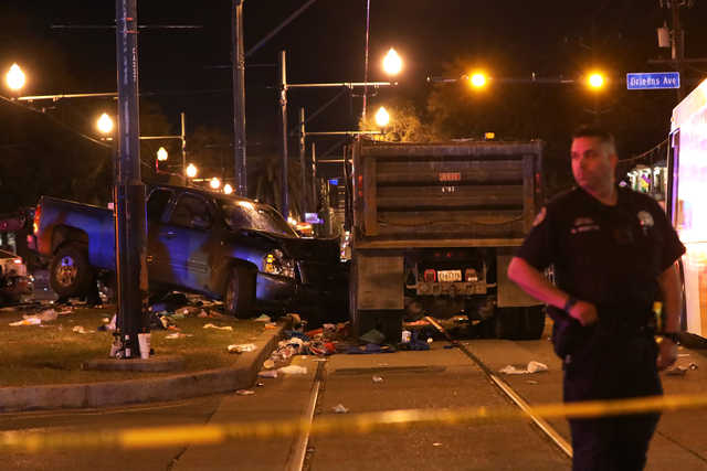 US: Truck plows into New Orleans Mardi Gras parade, 28 injured
