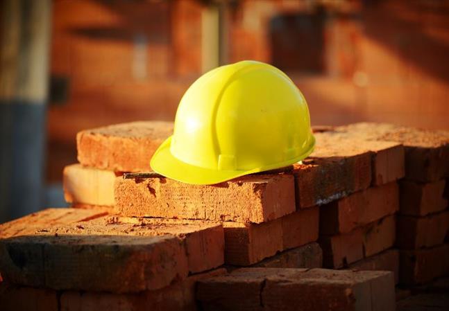 Labourer falls to death in Juffair