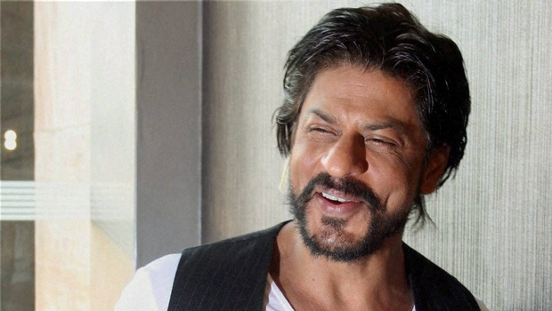SRK denies reports of him turning down film with Kangana