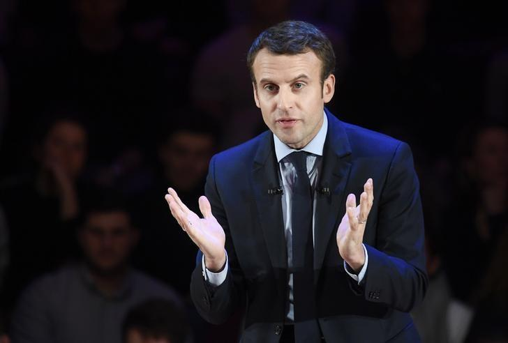 Macron's bid for French presidency gathering momentum