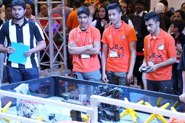 Students vie for robotics contest title