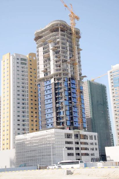 Work on building halted after labourer falls to his death