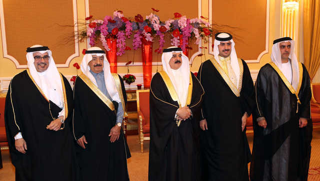 Photos: King Hamad, Crown Prince & GCC guests attend Premier's grandson's wedding