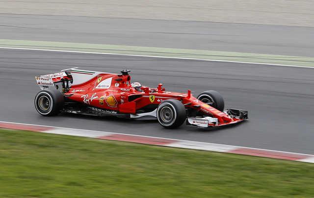 Raikkonen puts Ferrari on top after test day two