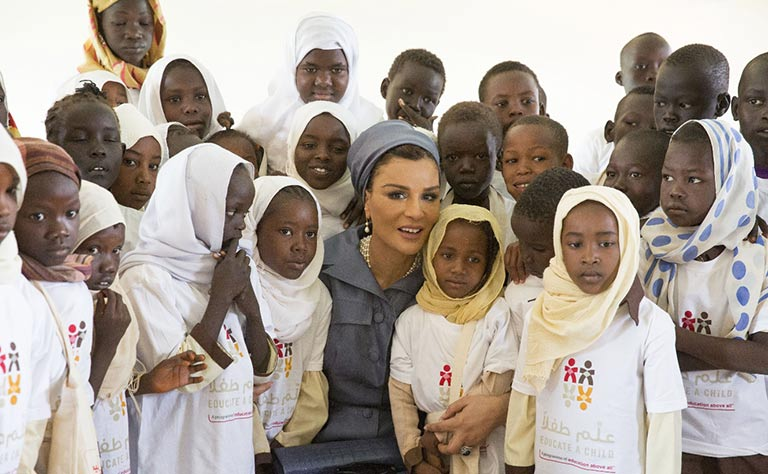 Photos: Shaikha Moza visits development projects in Sudan