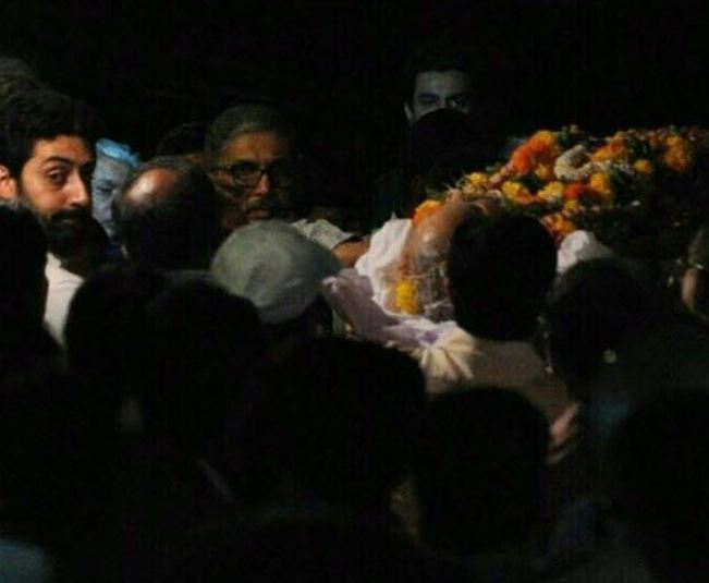 Bollywood: Bollywood pays last respects to Aishwarya Rai Bachchan's father
