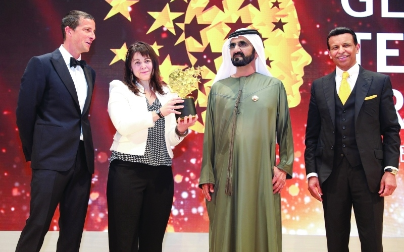 UAE: PHOTOS: Dubai Ruler honours Global Teacher prize winner