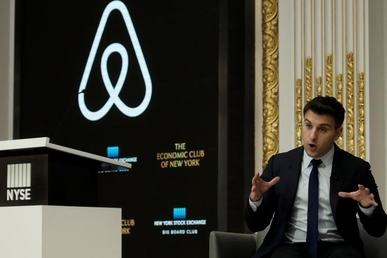 Airbnb embarks on China push with more staff, local name