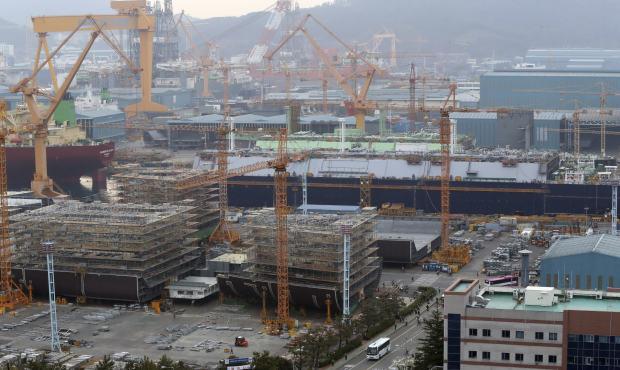 South Korea to inject $2.6 billion into ailing shipyard Daewoo