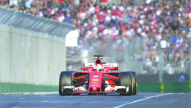 Vettel breaks Ferrari drought with Australian GP win