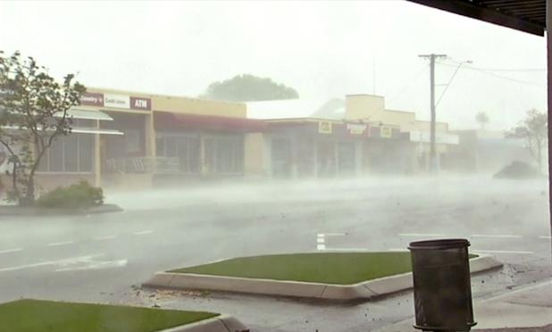 Photos: 'Monster' cyclone Debbie batters northeast Australia