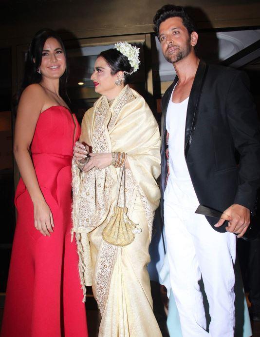 Bollywood: Photos: Celebs had a lot of fun at this award show especially Hrithik, Katrina and Rekha!