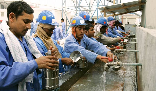 Migrant workers blocked from leaving Qatar despite labour reforms