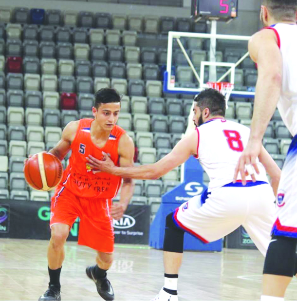Manama march into league final