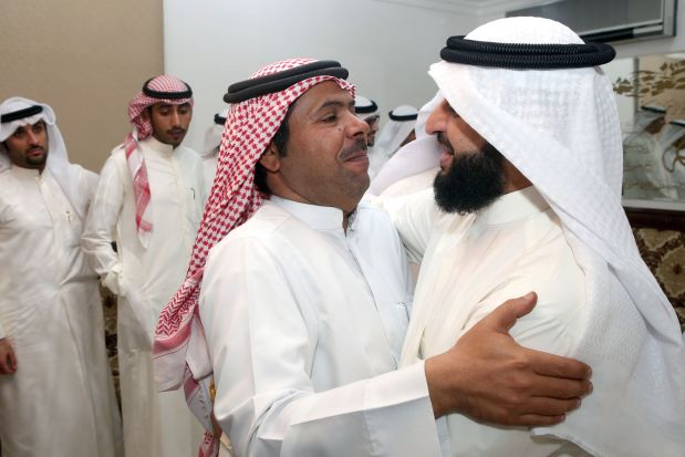 'Exiled' Kuwaiti opposition figure returns home