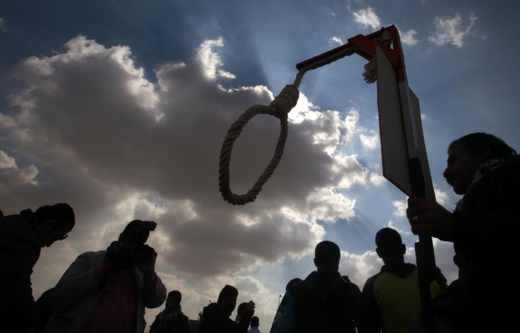 Hamas hangs three Gaza men for 'collaborating' with Israel