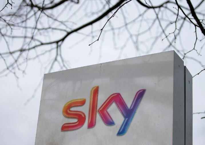 Fox wins EU approval to buy Sky
