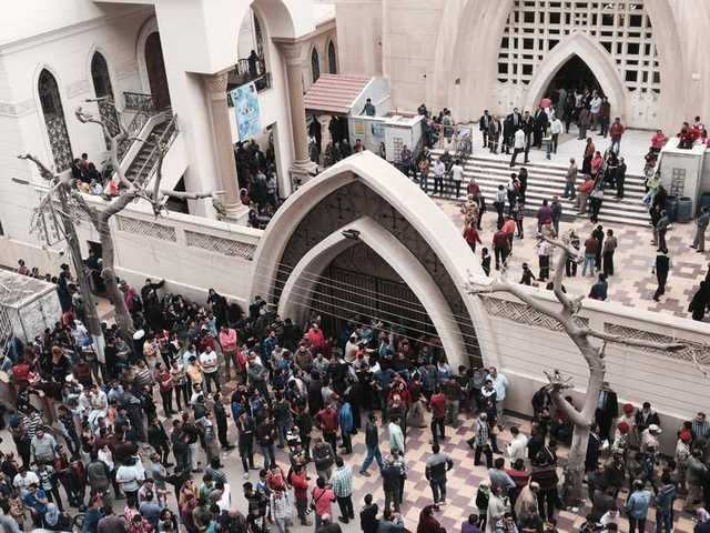 IS claims attacks on Egypt churches leaving 43 dead, over 100 injured