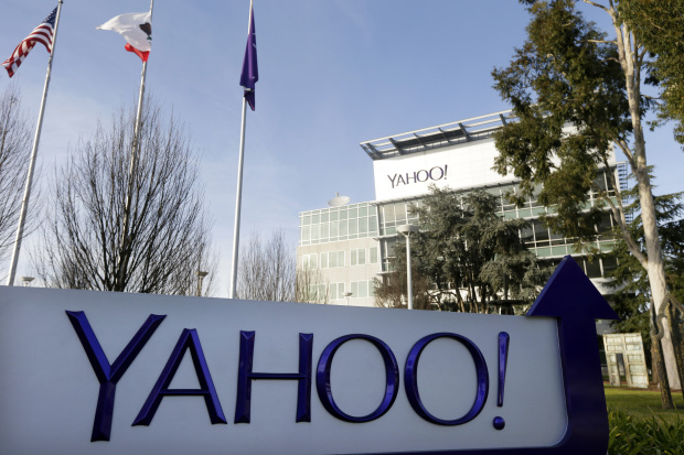 Yahoo accused of mismanaging funds meant for Chinese dissidents
