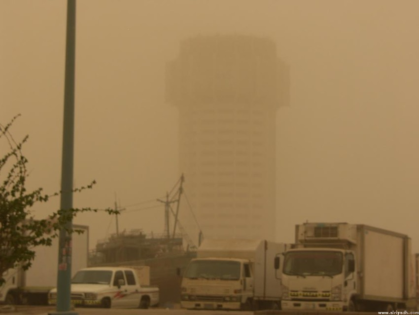 Schools closed in parts of Saudi due to sandstorms
