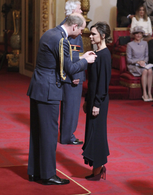 Celebs: PHOTOS: Victoria Beckham gets royal recognition
