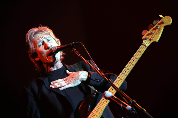Ex-Pink Floyd singer Waters makes first album in 25 years
