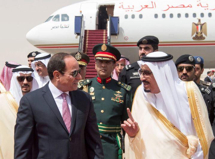 PHOTOS: Egyptian President arrives in Saudi Arabia