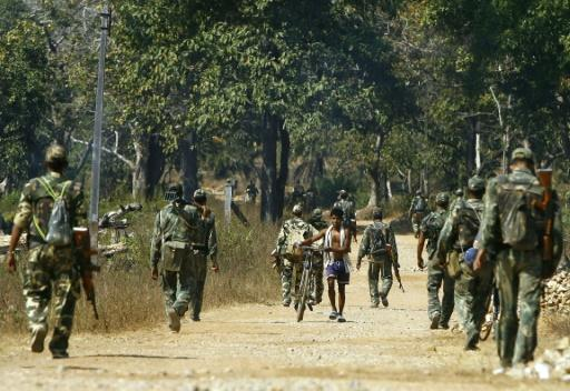 Maoist rebels kill 12 policemen in India