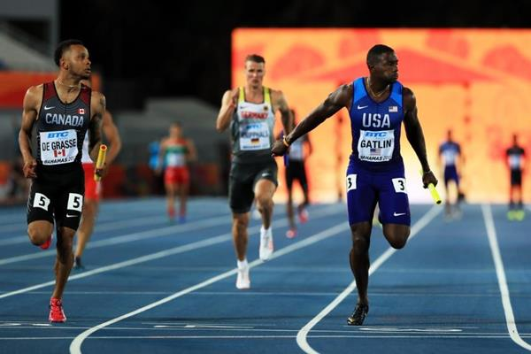 Gatlin leads US to 4x100m victory