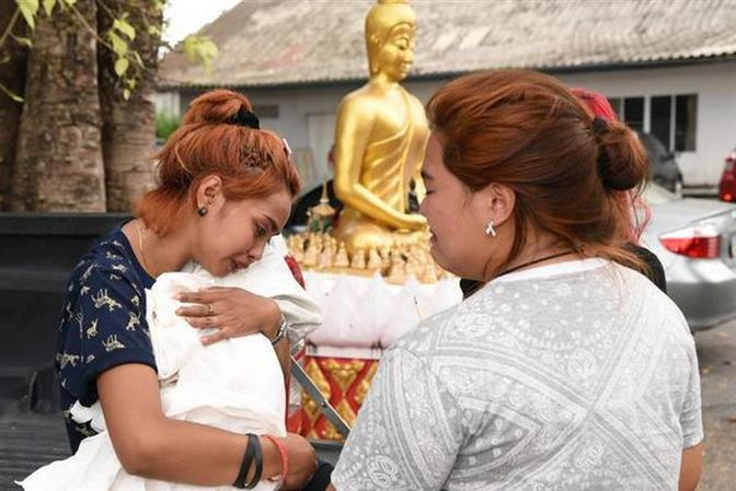 Thai husband kills baby, self on Facebook Live
