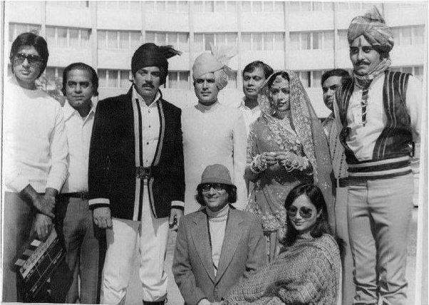 Photos: A tribute to Bollywood legend Vinod Khanna