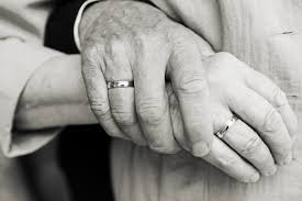 Couple married 69 years die minutes apart, holding hands