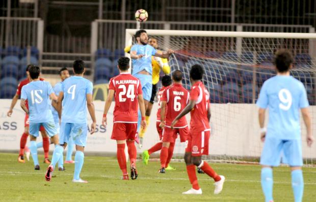 Muharraq keep title hopes alive